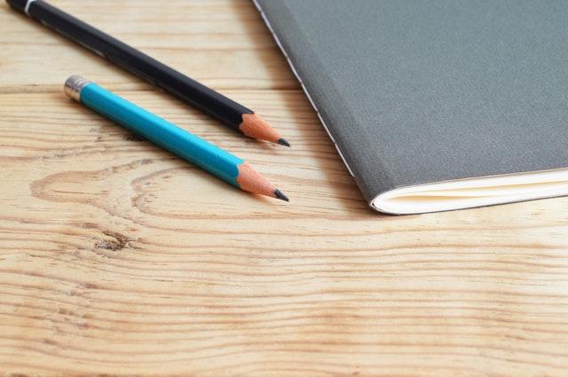 business-college-composition-desk-419635 (1)