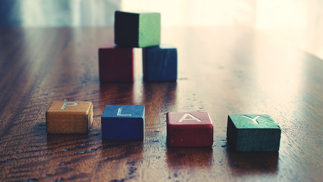 depth-of-field-photograph-of-block-toys-1275235 (1)